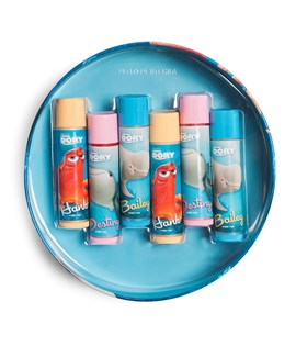 Lip smacker