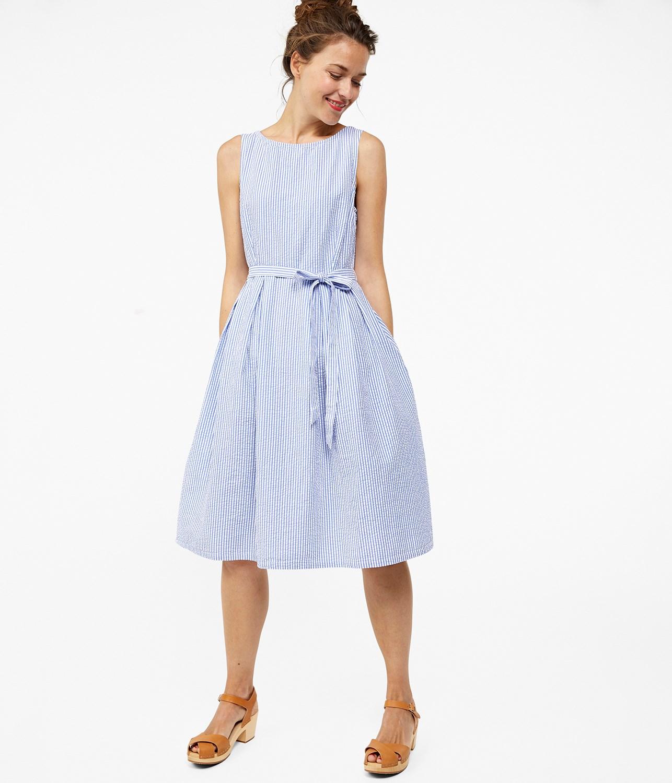f9edc199b39f Smalrandig klänning i ljusblått | Dam | KappAhl