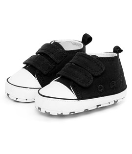 Sneakers with velcro closure