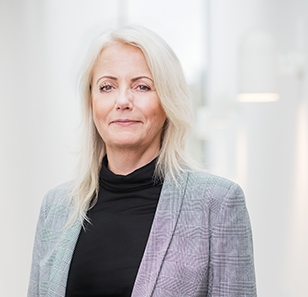 Carita Lundqvist, Employee representative and deputy